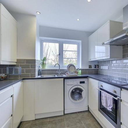 Rent this 1 bed apartment on The Salisbury Arms in Hoppers Road, London N21 3NP