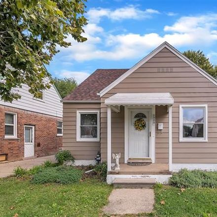Rent this 3 bed house on 2923 Monroe Street in Dearborn, MI 48124
