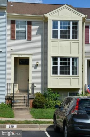 Rent this 3 bed townhouse on 3619 Sweethorn Court in Chantilly, VA 22033