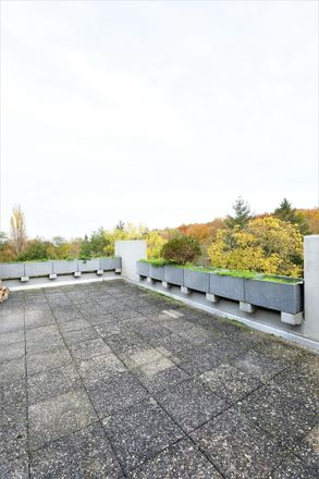 Rent this 3 bed apartment on 64287 Darmstadt