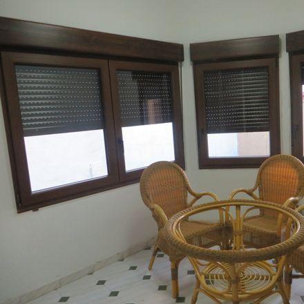 Rent this 2 bed room on Calle Juan XXIII in 4, 24006 León