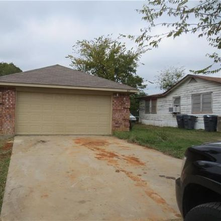 Rent this 3 bed house on 1815 Smoke Tree Lane in Dallas, TX 75253