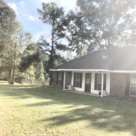Rent this 3 bed house on Southgate Road in Hattiesburg, MS
