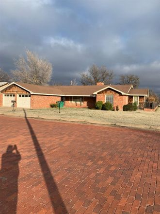 Rent this 4 bed house on 311 Cain Street in Quanah, TX 79252