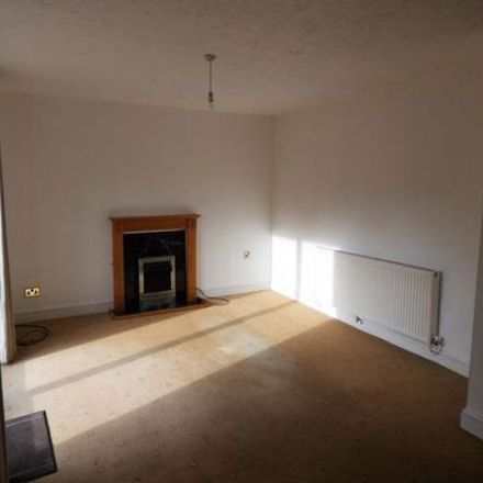 Rent this 3 bed house on Mickleton Close in Redditch B98 7XX, United Kingdom