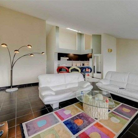 Rent this 2 bed condo on 120th Street in New York, NY 11356
