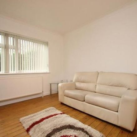 Rent this 2 bed apartment on Park Villas in Leeds LS8 1EA, United Kingdom