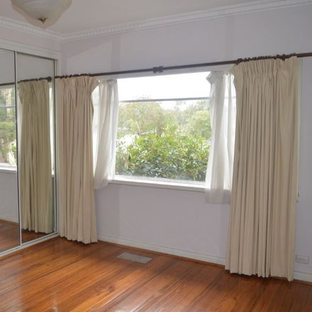 Rent this 3 bed house on 85 Yerrin  Street