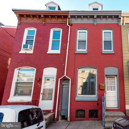 Rent this 3 bed townhouse on 318 Wunder Street in Reading, PA 19602