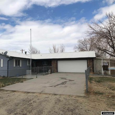 Rent this 5 bed house on W 4 St in Shoshoni, WY