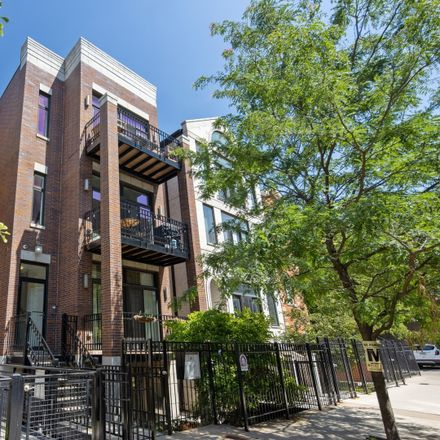 Rent this 2 bed condo on 1217 North Cleaver Street in Chicago, IL 60642