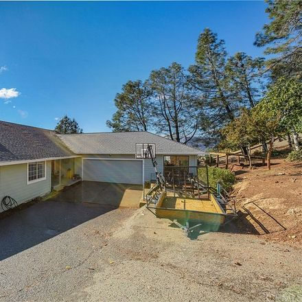 Rent this 3 bed house on Eagle Rock Rd in Reynolds, CA