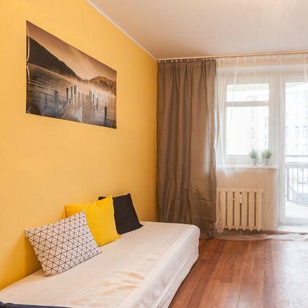 Rent this 4 bed room on Wojciecha Cybulskiego in Wrocław, Polska