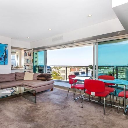 Rent this 1 bed apartment on 25A/82-94 Darlinghurst Road