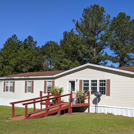 Rent this 4 bed house on 306 Branch Rd in Baxley, GA