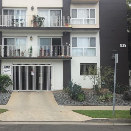 Rent this 1 bed apartment on 835 4th St in Santa Monica, CA 90403