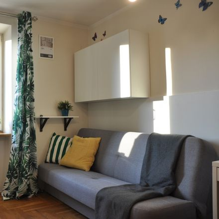 Rent this 3 bed room on Bolesława Prusa 46 in 50-318 Wroclaw, Poland