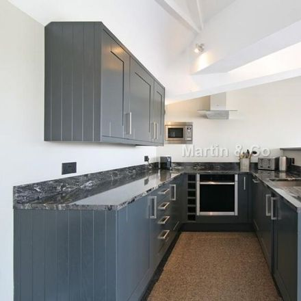 Rent this 2 bed apartment on Fuckoffee in 163-167 Bermondsey Street, London SE1 2ER