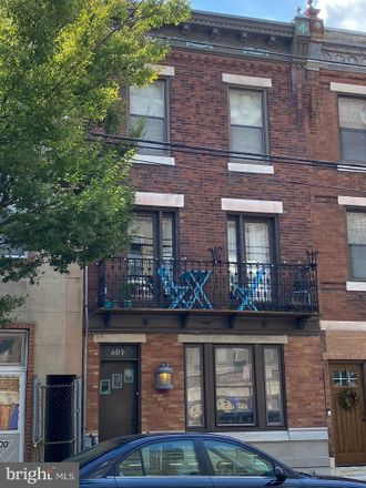 Rent this 2 bed townhouse on 604 Carpenter Street in Philadelphia, PA 19147