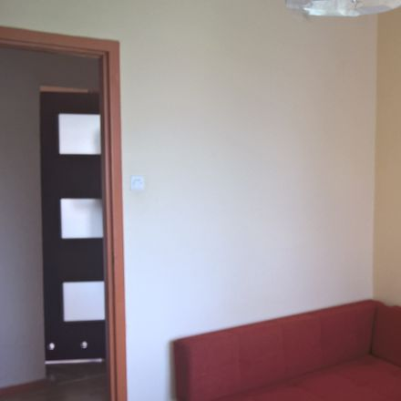 Rent this 3 bed room on Zarzewska 64 in 93-184 Łódź, Poland