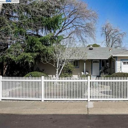 Rent this 3 bed house on Wildewood Dr in Concord, CA