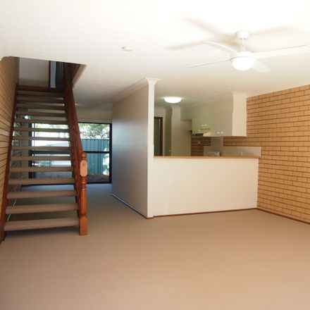 Rent this 2 bed townhouse on 24/105 Christine Avenue