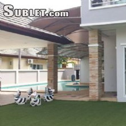 Rent this 3 bed house on Tony's Fitness in Pattaya Tai, Pattaya