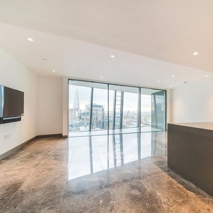 Rent this 2 bed apartment on Blackfriars Road in The Bankside, 2
