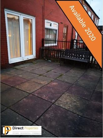 Rent this 3 bed room on Leeds LS6 1PB