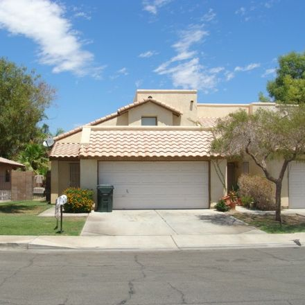 Rent this 3 bed apartment on E 27th Ln in Yuma, AZ