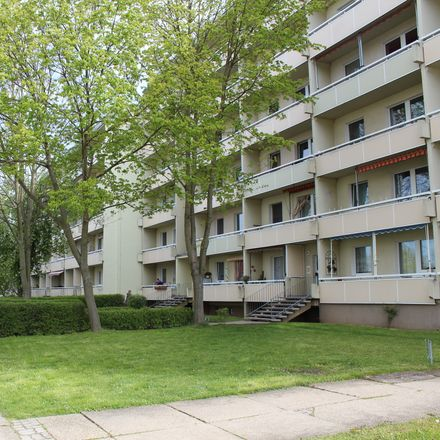 Rent this 3 bed apartment on Hans-Grade-Straße 85 in 39130 Magdeburg, Germany