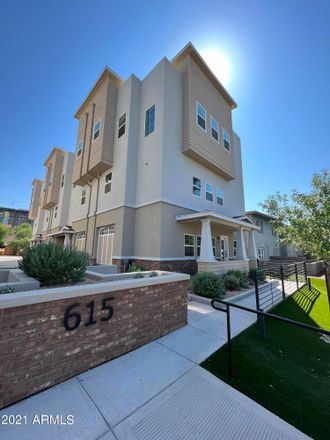 Rent this 2 bed townhouse on 615 North 6th Avenue in Phoenix, AZ 85003