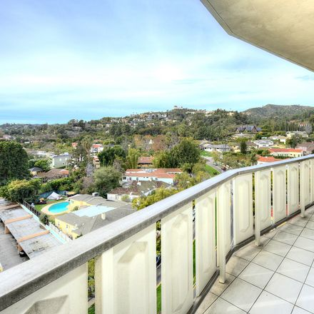 Rent this 2 bed condo on 4455 Los Feliz Boulevard in Los Angeles, CA 90027