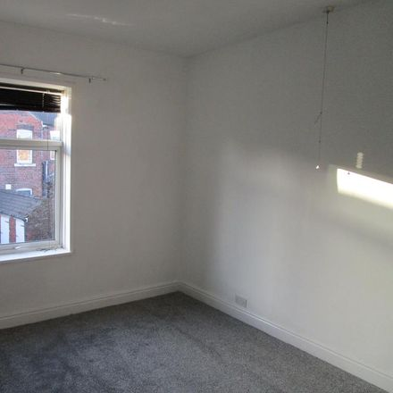 Rent this 2 bed house on Gordon Terrace in Rotherham S65 2PR, United Kingdom