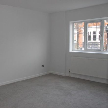 Rent this 2 bed apartment on Costa in Packhorse Road, South Bucks SL9 8EJ