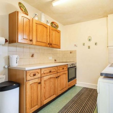 Rent this 2 bed house on Barn Owl PH in Church Road, Barnton