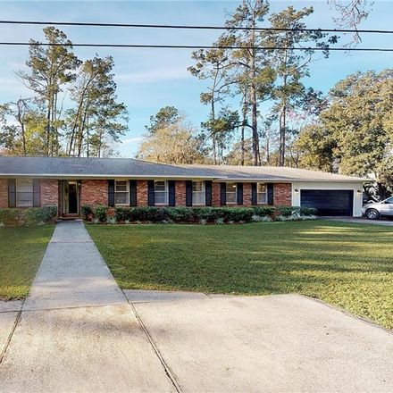 Rent this 3 bed house on Youngwood Dr in Saint Simons Island, GA
