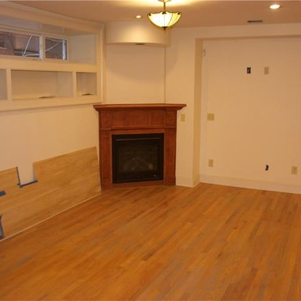 Rent this 3 bed townhouse on 97 Olive Street in New Haven, CT 06511