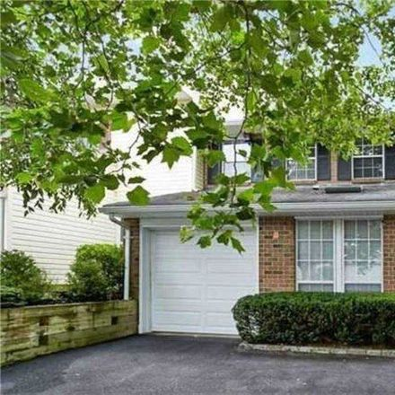 Rent this 4 bed condo on 55 Estate Court in Woodbury, NY 11797