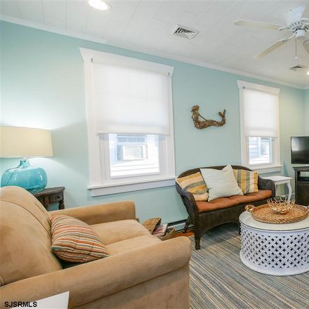 Rent this 3 bed apartment on 812 North Street in Ocean City, NJ 08226