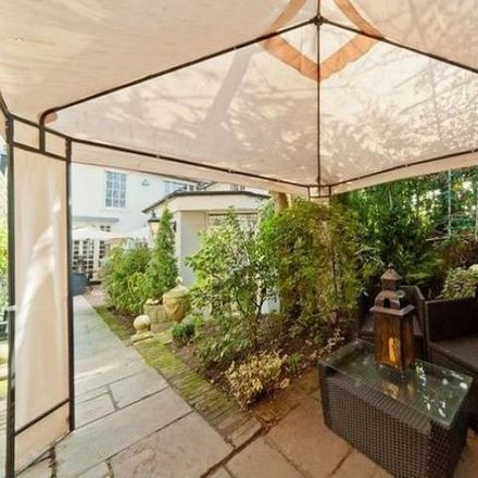 Rent this 4 bed house on Terrace Lodge in Admiral's Walk, London NW3 6RS