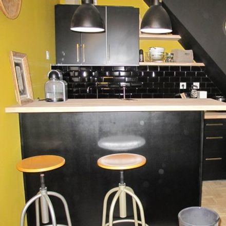 Rent this 2 bed house on 12 Rue des Poètes in 59110 La Madeleine, France