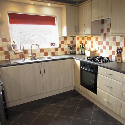 Rent this 2 bed apartment on 54 Staines Square in Dunstable LU6 3JG, United Kingdom