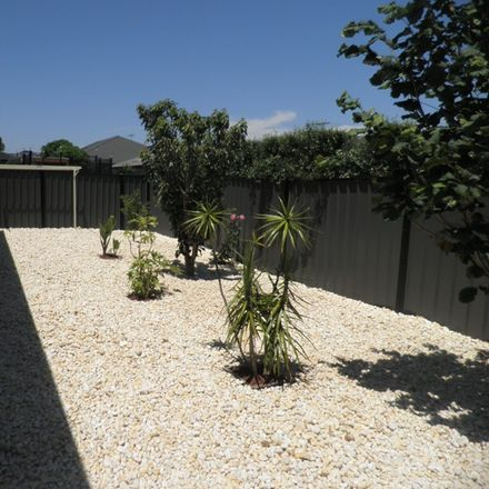 Rent this 4 bed house on 125 Tom Roberts Parade