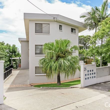Rent this 3 bed apartment on 1/25 Scott Road