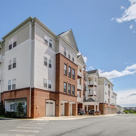 Rent this 3 bed condo on Aldie