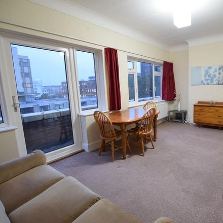Rent this 2 bed apartment on Gala Bingo in Christchurch Road, Bournemouth BH1 3NJ
