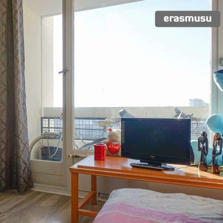 Rent this 3 bed room on Rue des Mariniers in 75014, Paris