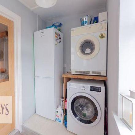 Rent this 3 bed house on Brynamlwg in Pontypool NP4, United Kingdom