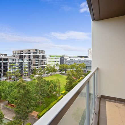 Rent this 1 bed apartment on 709/6 Ascot  Avenue